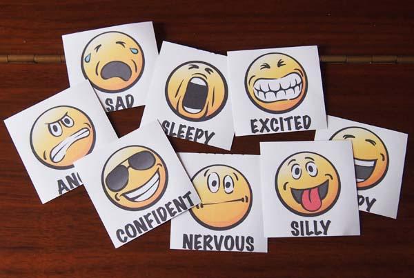 Emoticon cards